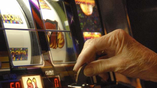 La ludopatia può colpire le persone nelle diverse fasce di età