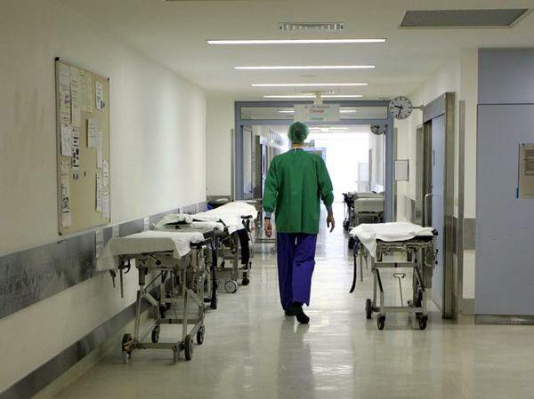 Le difficoltà in ambito sanitario a causa della crisi