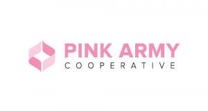 Il logo del centro di ricerca biomedica indipendente Pink Army Cooperative, che offre gratuitamente terapie virali antitumorali personalizzate