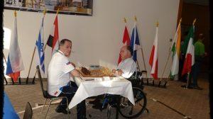 Ruben Bernardi (a destra), qui impegnato nel Campionato del Mondo per disabili che si è disputato a Dresda nel 2013