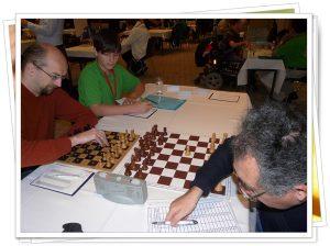 """Gli scacchisti non vedenti hanno la possibilità di """"leggere"""" la posizione su una scacchiera Braille"""