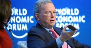World Economic Forum 2015, Davos, Eric Schmidt, ex CEO di Google, fa il punto sul internet delle cose