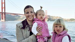 Christina Bosemark con le sue due bambine poliglotte