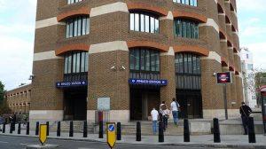 L' esterno della stazione metropolitana di Pimlico, a Londra