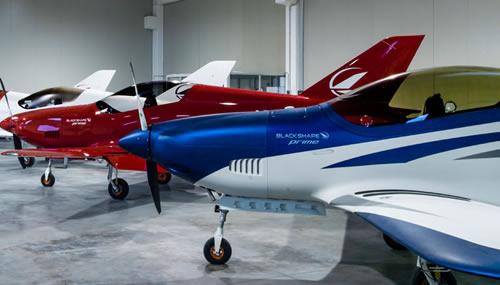 Gli aerei ad alta tecnologia in carbonio di Blackshape sono il simbolo delle startup italiane di successo: quali saranno le prossime su cui scommettere