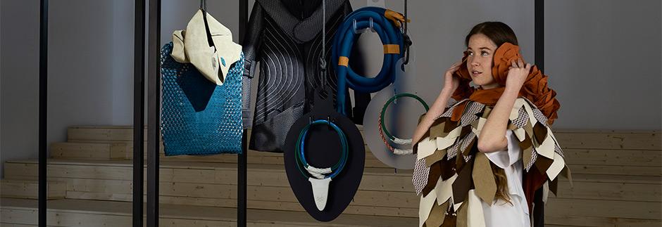 linea di abbigliamento ed accessori pensata SENSE-WEAR, la linea di abbigliamento per stimolare ma anche per calmare i sensi