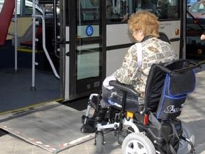 A Barcellona qualunque disabile è in grado di andare da un punto all'altro della città con i mezzi pubblici