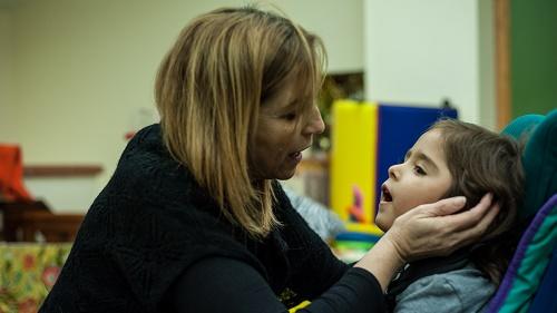 Rieducazione di bambina sordocieca