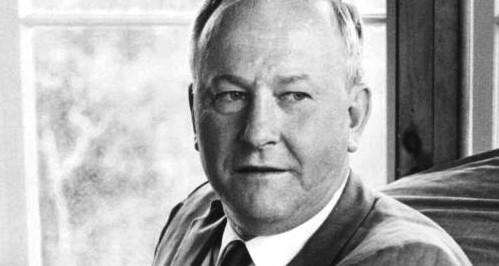 "Vance Packard, autore de ""I persuasori occulti"" - 1957 - è scomparso nel 1996"