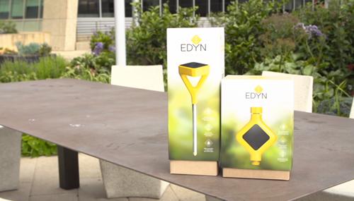 Edyn, che si può controllare anche via smartphone, è una valvoal per impianti d'irrigazione che regola l'acqua in base ai dati di sensori nel terreno e al meteo