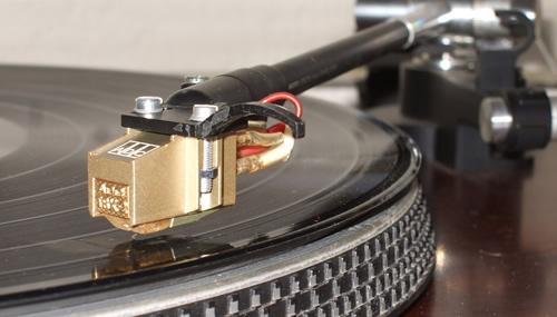 Una ricerca conferma gli effetti positivi della musica per chi è in terapia per un tumore